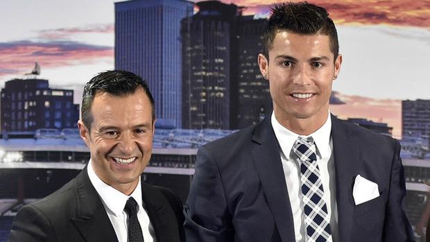 Ronaldo lộ động thái nhảy việc ở tuổi 36 - Ảnh 2.