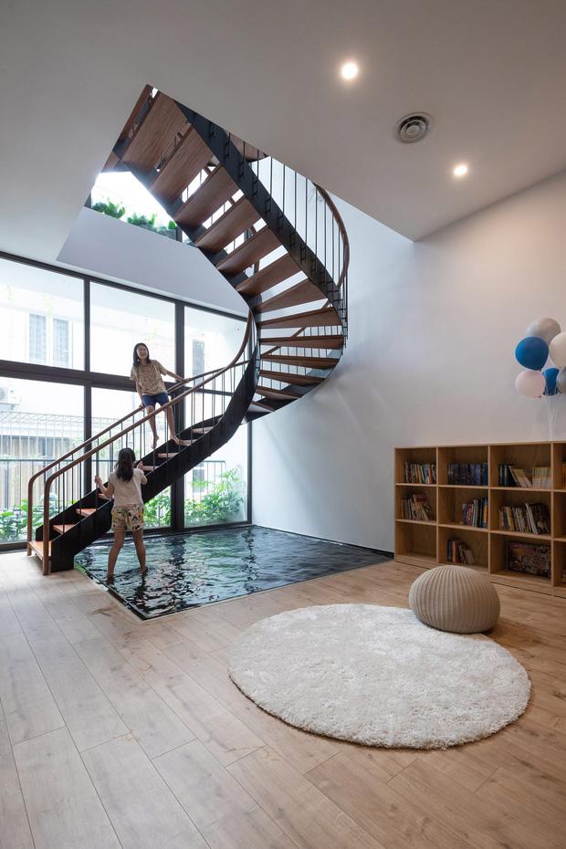 Vợ chồng xây nhà 6 tỷ với mặt tiền chất nhất dãy phố, KTS khuyên: Đừng biến không gian sống thành siêu thị đồ nội thất - Ảnh 7.