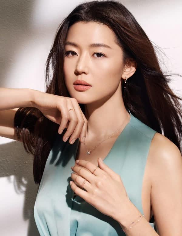 """Nghề tay trái kiếm triệu USD của những minh tinh nổi nhất xứ Hàn: Người là đại gia bất động sản, người sở hữu óc kinh doanh """"không phải dạng vừa"""" - Ảnh 3."""