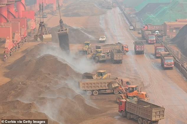 Trung Quốc yêu cầu các công ty thép tìm nguồn quặng khác, đe doạ ngành hàng xuất khẩu trị giá 103 tỷ USD của Australia - Ảnh 1.