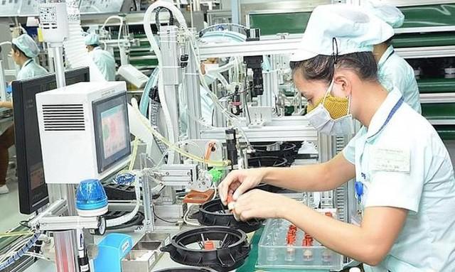 Thiếu hụt chip, nhiều ngành sản xuất tại Việt Nam gặp khó - Ảnh 1.