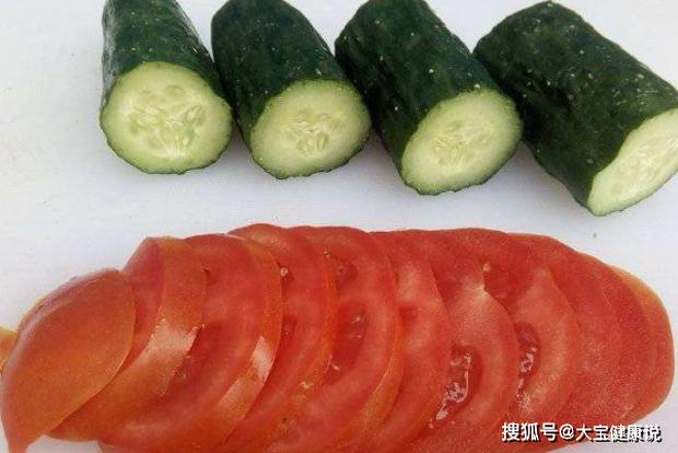 4 cách ăn dưa chuột sai lầm mà nhiều người vẫn làm, không cẩn thận có thể gây tiêu chảy, thậm chí ngộ độc, ung thư - Ảnh 4.