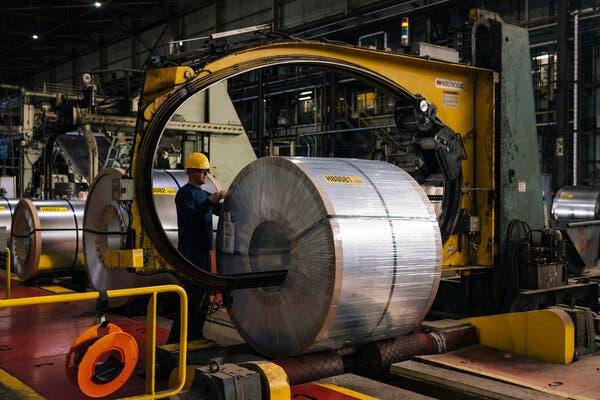 Giá thép tăng vọt báo hiệu giai đoạn bùng nổ của các hãng sản xuất thép - Ảnh 3.
