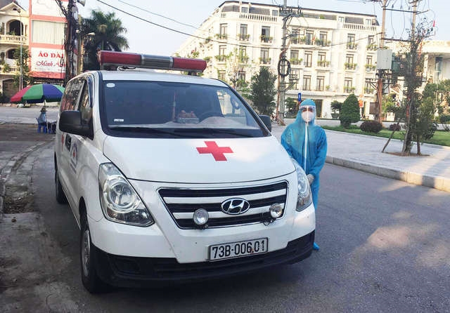 Chàng trai lái xe từ 3h đêm ra Bắc Giang xin chống dịch: Sẽ làm mọi việc được phân công, kể cả chở F0 - Ảnh 1.