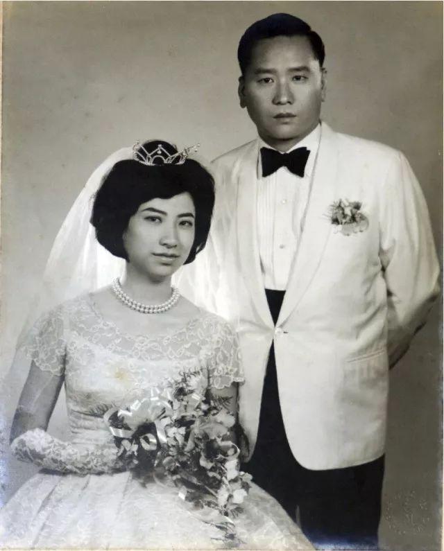 Vợ mất vì tai nạn máy bay, vị tỷ phú cưới ngay em gái vợ và kết cục bi đát cuối đời, con cái quay lưng sau một quyết định! - Ảnh 4.