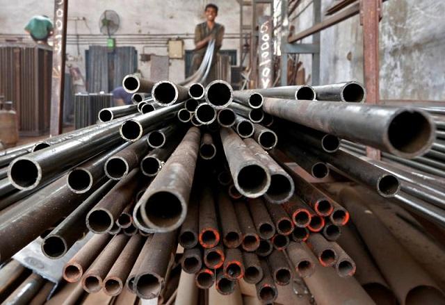 Fitch nâng dự báo giá thép toàn cầu trong ngắn hạn lên 800 USD/tấn - Ảnh 1.