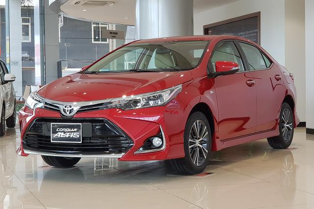 Toyota Corolla Altis ưu đãi khủng hơn 80 triệu, đe dọa Elantra và Civic, chuẩn bị đón mẫu mới về Việt Nam - Ảnh 1.