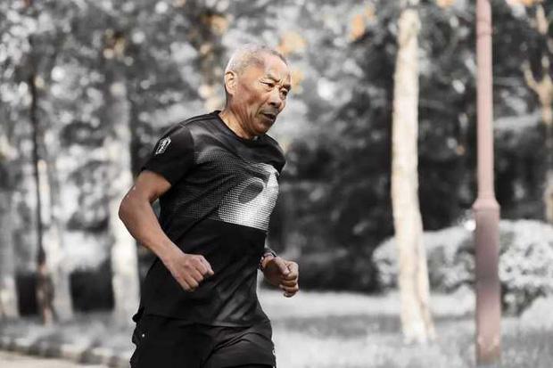 Marathon - môn thể thao vô cùng quen thuộc, đơn giản, ít tốn kém có thể giúp bạn tăng tuổi thọ thêm 19 năm - Ảnh 2.