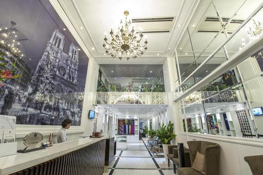 Lộ diện bà chủ chuỗi khách sạn nổi tiếng phố cổ, từng bán dự án đất vàng cho Vinhomes...hiện đang là chủ đầu tư 3 dự án lớn tại Hà Nội - Ảnh 1.