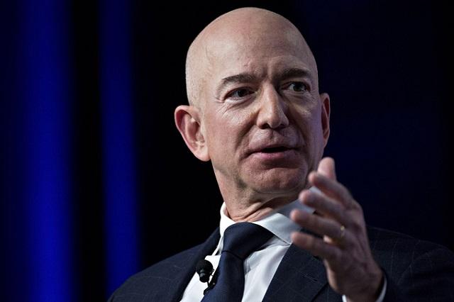 Jeff Bezos thông báo ngày chính thức rời ghế CEO Amazon - Ảnh 1.