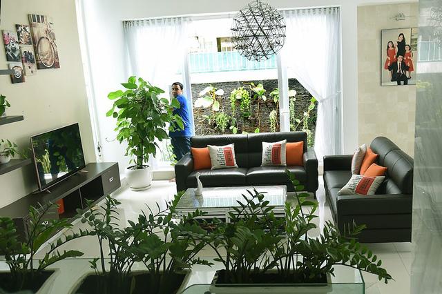 Không gian nội thất bên trong biệt thự giá 21 tỷ của MC Quyền Linh - Ảnh 5.