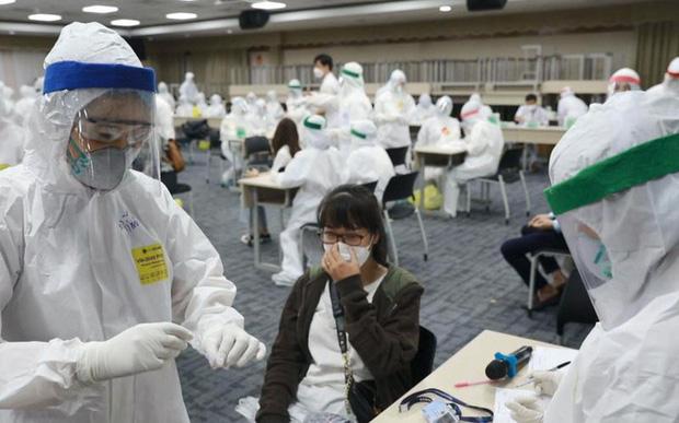 Bộ trưởng Bộ Y tế: Việt Nam đã xuất hiện biến chủng SARS-CoV-2 mới, chúng tôi sẽ công bố trên bản đồ gene thế giới - Ảnh 1.