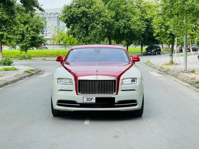 Mới chạy 10.000km, đại gia Việt rao bán Rolls-Royce Wraith rẻ hơn cả chục tỷ giá mua mới chính hãng - Ảnh 1.