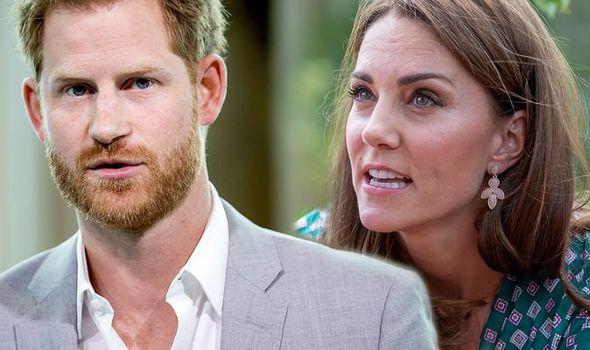 Hơn 27.000 người ký kiến nghị Harry bỏ tước hiệu hoàng gia và phản ứng của Công nương Kate trước vụ việc thu hút sự chú ý  - Ảnh 3.