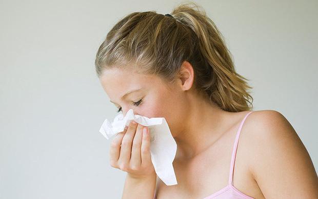 3 dấu hiệu xuất hiện ở mũi ngầm cho thấy phổi đang kêu cứu, nếu có dù chỉ 1 cũng nên đi khám ngay - Ảnh 2.