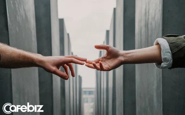 Phật dạy, hãy cảm ơn người đến bên đời bạn: Người tốt cho bạn ấm áp, người xấu dạy bạn trưởng thành - Ảnh 2.