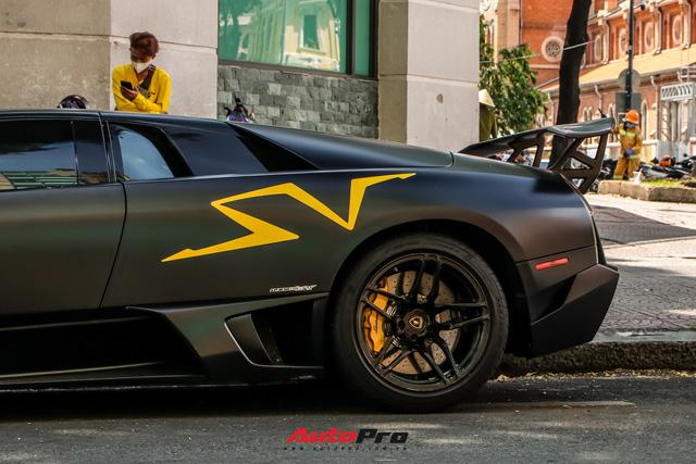 Đổi chủ, Lamborghini Murcielago SV độc nhất Việt Nam tái xuất trên phố Sài Gòn - Ảnh 8.