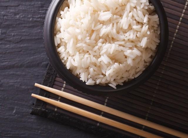 Người Việt nếu cứ duy trì kiểu nấu cơm này thì khác nào loại bỏ hết dinh dưỡng, tự đưa ung thư vào cơ thể - Ảnh 1.