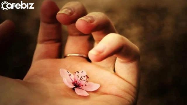 Đạo làm người: Lương tâm là nền móng, không có thì nhà sẽ sụp; đức hạnh như gốc rễ, không có cây sẽ gục mòn - Ảnh 3.