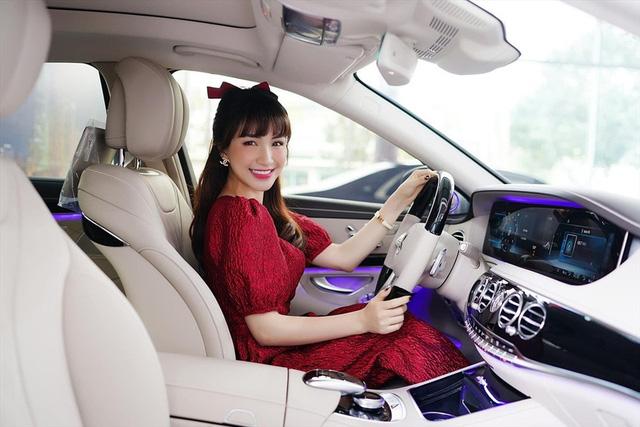 Những 9x tài năng ở Việt Nam sở hữu siêu xe tiền tỷ khi tuổi còn rất trẻ: Người sở hữu cả bộ sưu tập xe với giá trị tới 21 tỷ, người chi cả chục tỷ đồng cho một chiếc xe ưng ý - Ảnh 4.