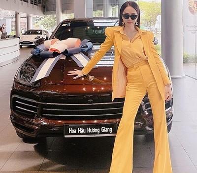 Những 9x tài năng ở Việt Nam sở hữu siêu xe tiền tỷ khi tuổi còn rất trẻ: Người sở hữu cả bộ sưu tập xe với giá trị tới 21 tỷ, người chi cả chục tỷ đồng cho một chiếc xe ưng ý - Ảnh 6.
