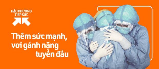 PGS Nguyễn Lân Hiếu: Một lần bị dao mổ cắt vào tay và chuyện những y bác sĩ kiệt sức trong bộ PPE dưới tiết trời đổ lửa - Ảnh 3.