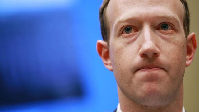 Apple vừa có động thái tấn công trực diện Facebook khiến Mark Zuckerberg lo sợ: iOS 15 xuất hiện rất nhiều tính năng mạng xã hội! - Ảnh 2.