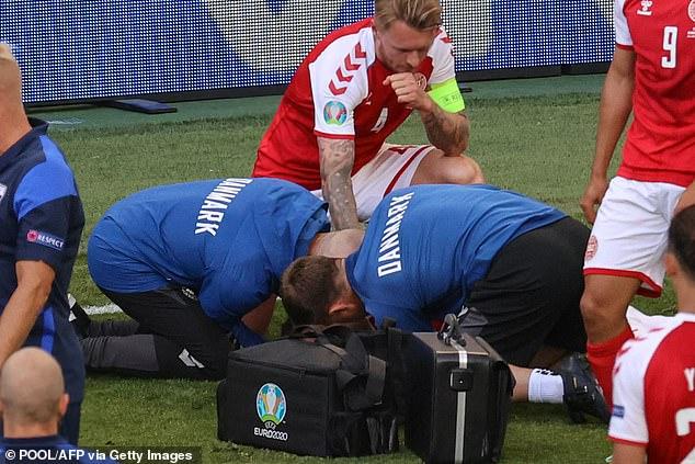 Dù đã tỉnh lại, Eriksen nhiều khả năng sẽ phải giải nghệ sau cú đột quỵ kinh hoàng tại Euro 2020 - Ảnh 3.