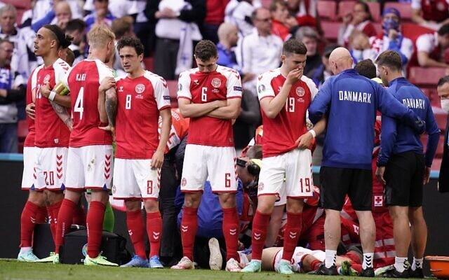 Công nương Đan Mạch bật khóc trên khán đài khi chứng kiến Eriksen bất tỉnh trên sân và có lời chia sẻ xúc động lan tỏa khắp MXH - Ảnh 4.
