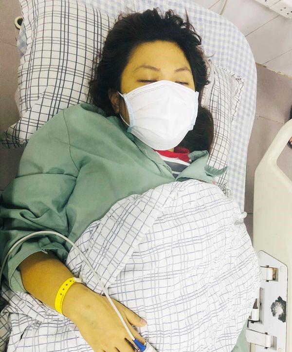 Cô gái 25 tuổi nhập viện trong tình trạng nguy kịch do lạm dụng thuốc paracetamol trong 6 ngày - Ảnh 1.