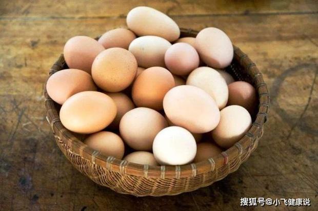 3 cách ăn trứng nguy hiểm có thể gây trướng bụng, khó tiêu, thậm chí nhiễm trùng đường tiêu hóa mà nhiều người vẫn làm - Ảnh 3.