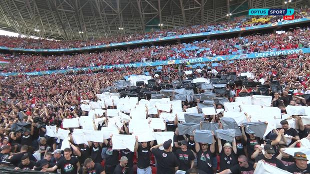 Khán giả ngồi kín đặc khán đài như chưa từng có... COVID-19 trong trận Bồ Đào Nha vs Hungary tại Euro 2020 - Ảnh 6.