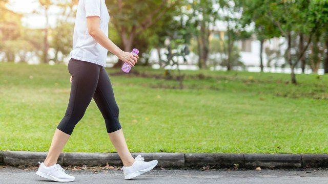 Hàng ngàn người đang có thói quen đi bộ sai lầm, không sớm thay đổi rất dễ nhận tác dụng ngược, hại sức khỏe - Ảnh 1.
