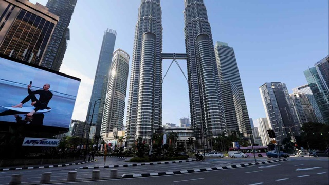 Thị trường mới nổi châu Á 'chảy máu vốn' khi Fed phát tín hiệu tăng lãi suất - Ảnh 1.