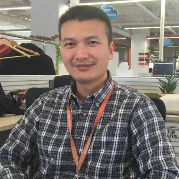 """Chân dung lập trình viên giỏi nhất Trung Quốc: """"Cậu IT"""" sở hữu số tài sản hơn 400 triệu USD chỉ nhờ viết code - Ảnh 1."""
