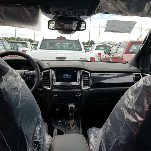 Lộ diện 5 phiên bản Ford Ranger lắp ráp tại Việt Nam: Linh kiện như xe nhập Thái Lan, giá giảm mạnh hơn, càng làm khó Toyota Hilux - Ảnh 3.