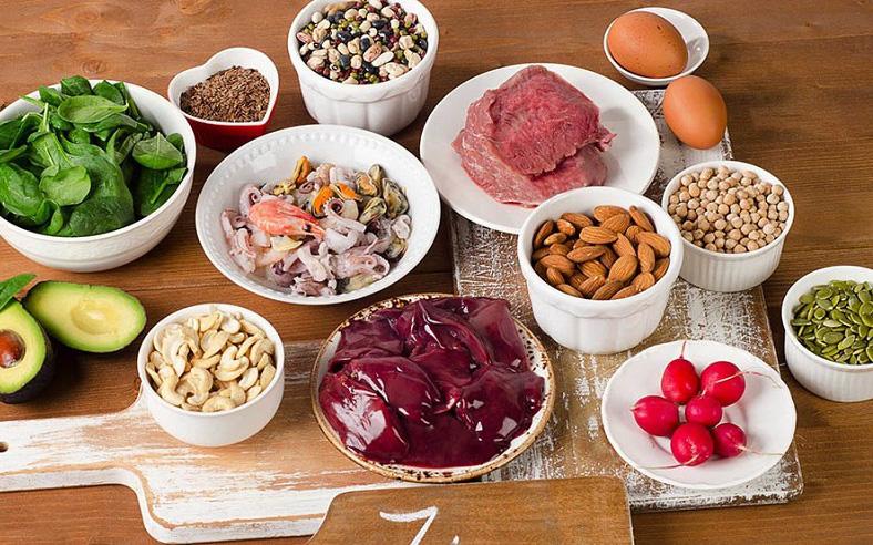 """5 thực phẩm giúp phái mạnh bồi bổ khí huyết, ngăn ngừa thiếu máu và """"hói đầu"""" sớm: Loại số 1 dễ mua và rất rẻ tiền!"""