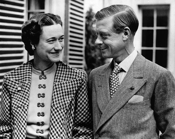 Mối tình hoàng gia huyền thoại nước Anh: Vị vua duy nhất thời hiện đại si tình đến mức từ bỏ cả ngai vàng để cưới người phụ nữ đã qua 2 lần đò - Ảnh 7.