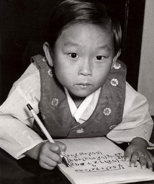 Pha quay xe không ai ngờ của thiên tài Hàn Quốc có IQ cao nhất thế giới: Làm việc cho NASA năm 8 tuổi nhưng bỏ chốn xa hoa về nước để học lại tiểu học - Ảnh 1.
