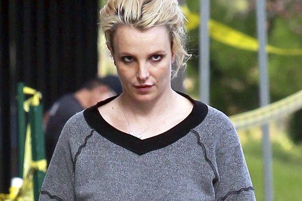 Nỗi cay đắng không biết tỏ cùng ai của Britney Spears: Tiền kiếm ra không được tiêu, bị cướp đi quyền tự do cơ bản của con người - Ảnh 3.