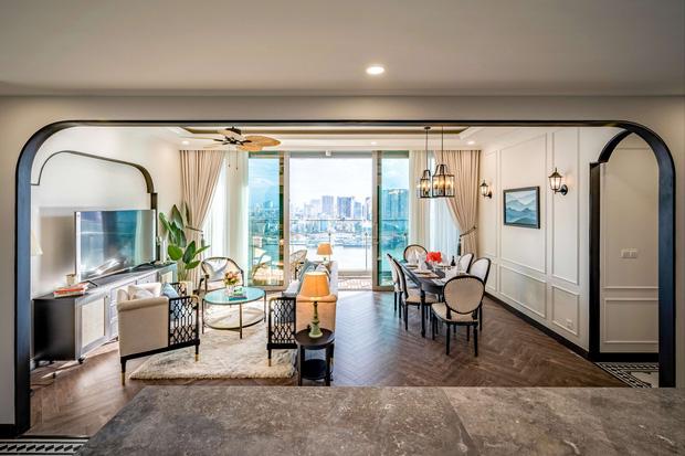 Căn hộ Indochine ăn điểm với cách phối màu cực tinh tế, phòng ngủ chuẩn khách sạn 5 sao với view đỉnh - Ảnh 2.