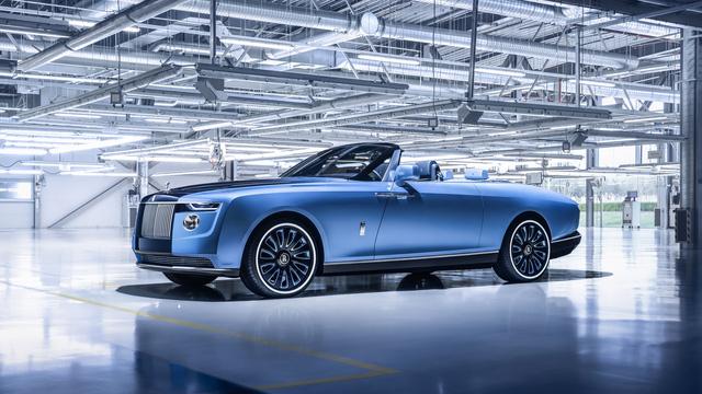 2 năm/lần, Rolls-Royce lại ra mắt xe đắt nhất thế giới và không bao giờ sợ ế vì lý do này - Ảnh 1.