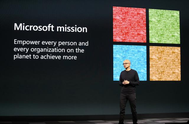 Bàn tay midas của Microsoft: Mất 33 năm để đạt vốn hóa 1 nghìn tỷ USD, Tuy nhiên chỉ cần 2 năm để chạm đến 2 nghìn tỷ USD - Ảnh 3.