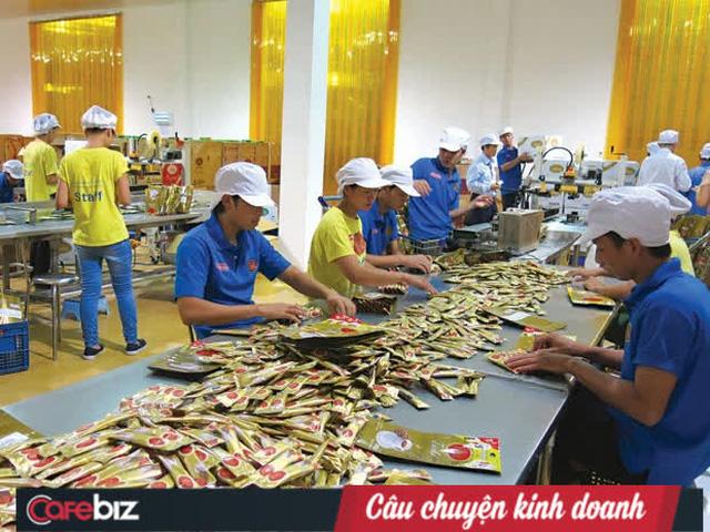 Đào Hương: Từ người con nghèo xứ Huế thành bà chủ tập đoàn đa ngành sở hữu chuỗi cửa hàng miễn thuế lớn nhất tại Lào - Ảnh 1.