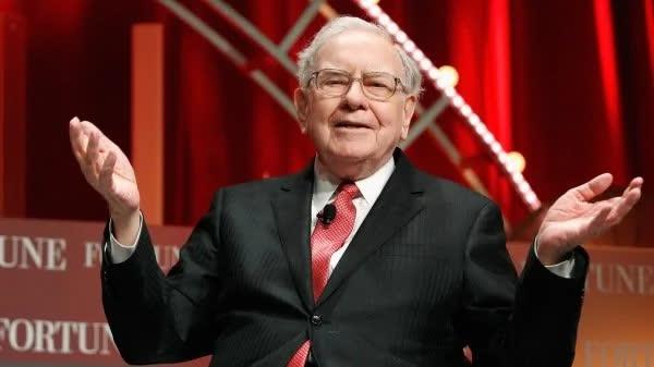 """Từ 24 USD tới 42 tỷ USD: Câu chuyện của """"Nhà tiên tri xứ Omaha"""" Warren Buffett chứng minh làm giàu không hề khó, quan trọng là bạn có """"dám nghĩ dám làm"""" hay không - Ảnh 1."""
