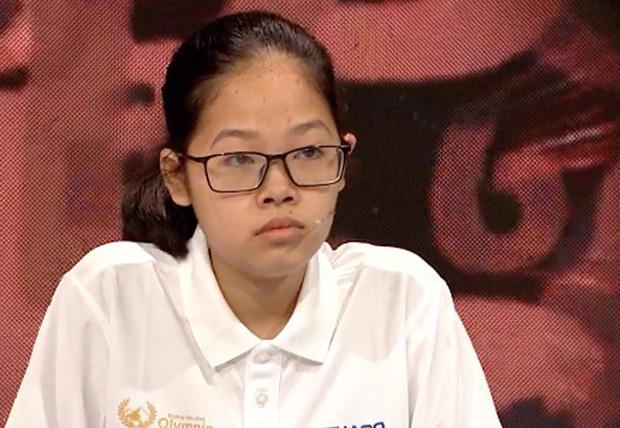 Nữ sinh Hà Nội cùng lúc xác lập 2 kỷ lục 21 năm tại Đường Lên Đỉnh Olympia: Thích soi chính tả, mê tham gia chương trình tới mức… mỗi tháng gửi 1 đơn đăng ký - Ảnh 1.