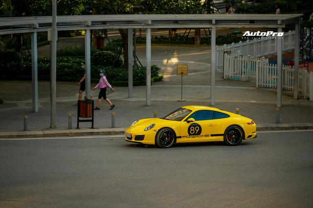 8X Hà Nội tự tay nâng cấp Porsche 911: Bỏ gần 5 tỷ lấy xác xe, chi 2,5 tỷ lên đời xe mới, tốn học phí' cả trăm triệu đồng - Ảnh 1.