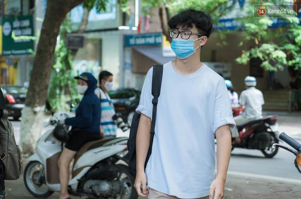 Thi lớp 10 ở Hà Nội: Không bật điều hoà, cha mẹ không được tập trung ở cổng trường - Ảnh 1.