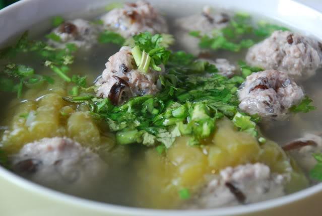 Nắng nóng gay gắt trên 40 độ C, thực đơn hàng ngày nên có những món ăn, thức uống này để giải nhiệt, chống đột quỵ  - Ảnh 3.