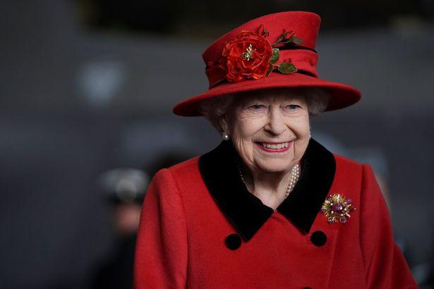Trước tối hậu thư đòi về Anh của vợ chồng Meghan, Hoàng gia có động thái mới không nằm ngoài dự đoán của mọi người - Ảnh 2.